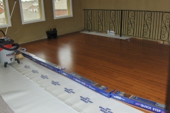 Wood plank Vinyl flooring installation by remodeling contractor in Katy, Texas