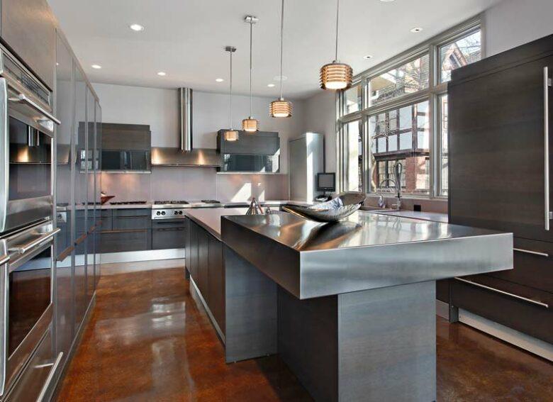 Houston kitchen remodeling in modern, minimalist style